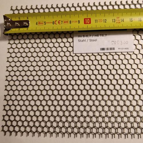 Hunajakenno reikälevy Teräs 1.0x1000x2000mm H6 T6.7 80%