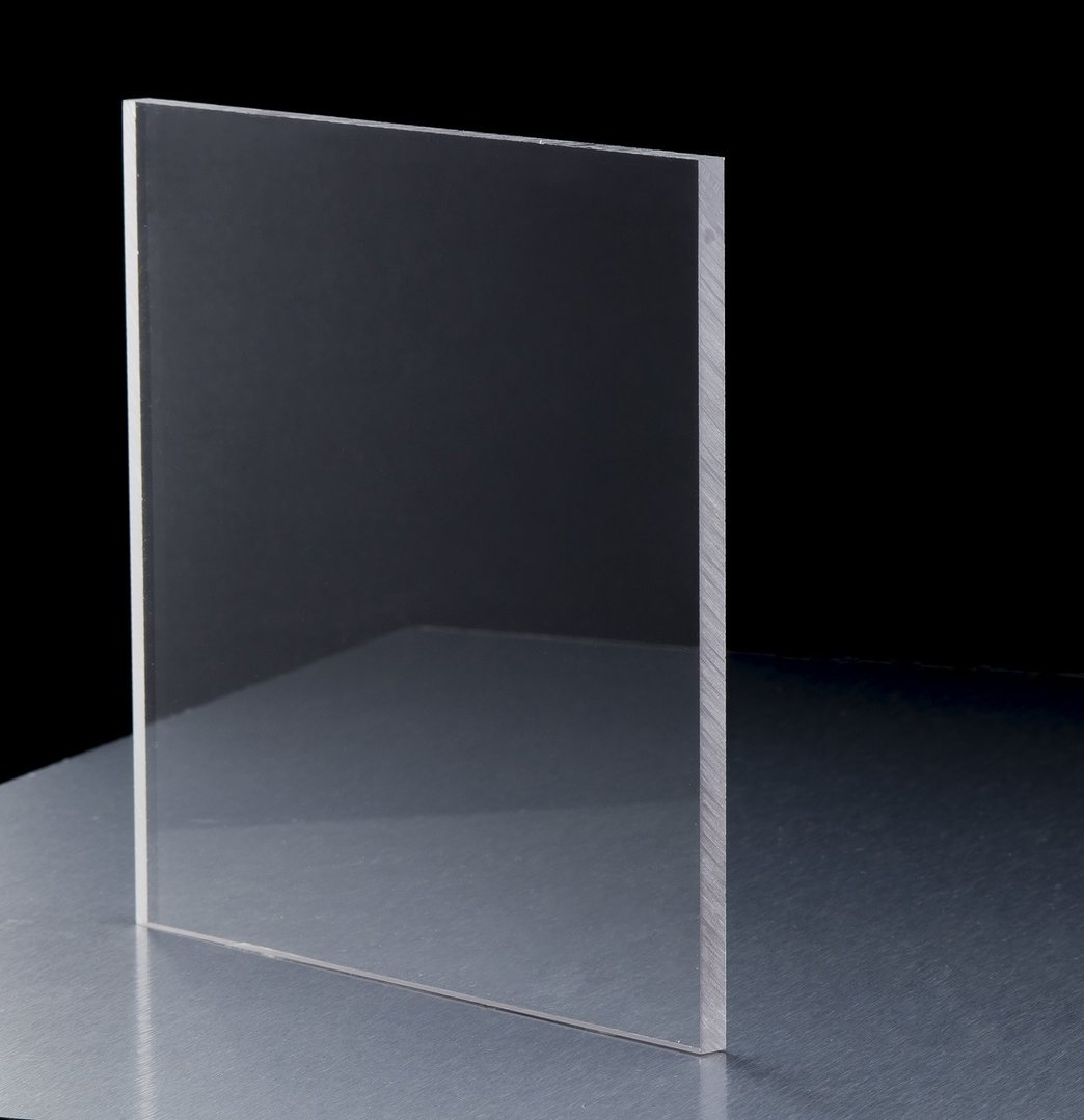 Polykarboonaattilevy Kirkas 8x3050x2050mm UV-kestävä